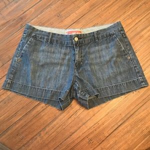 Women's Gap size 10 denim jean shorts